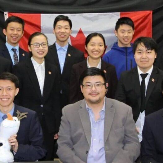 加拿大队参加2020国际青年物理学家锦标赛获得冠军